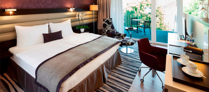 Premium-room-movenpick